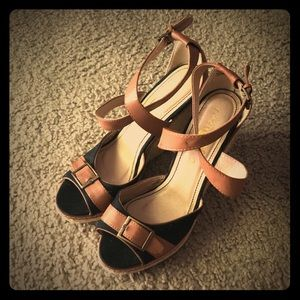 Black and Tan Strap Wedges